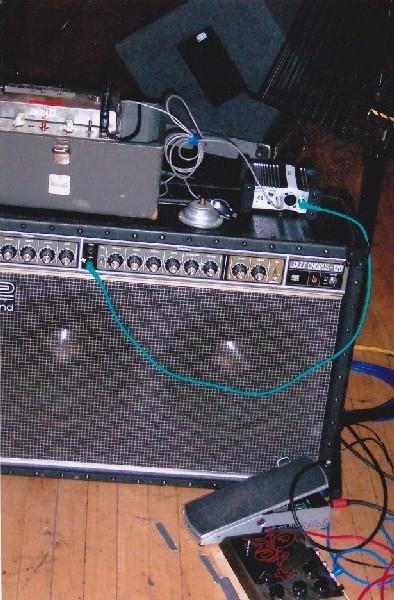 Echoplex to DI box and DI box to JC120 amp
